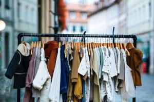 Gdzie oddać używane ubrania dziecięce?