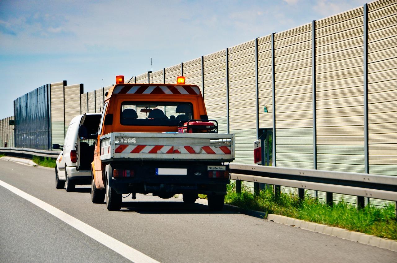 Pomoc drogowa- jak założyć?